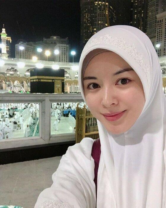 Ayana Jihye Moon Db933