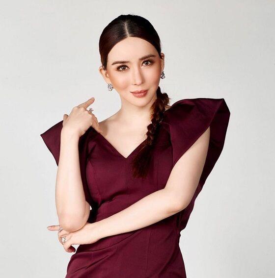 Sosok Transgender Thailand Anne Jakrajutatip D0625