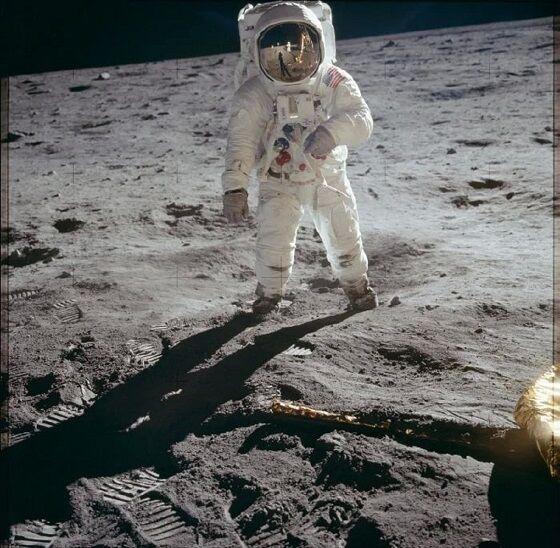 Foto Ikonik Buzz Aldrin Di Bulan A33a5