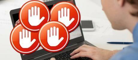 5 Alasan Kamu Gak Boleh Internetan Saat Bulan Puasa