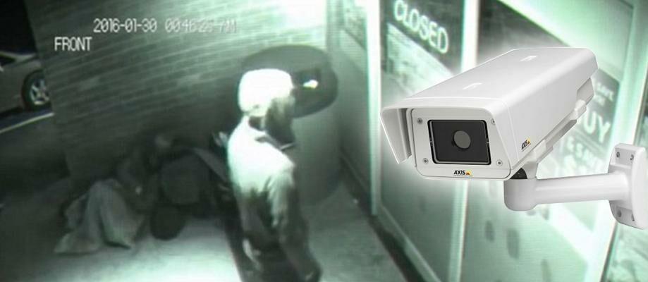 Wow! Nenek Ini Hasilkan Uang Hanya dengan Memantau Kamera CCTV
