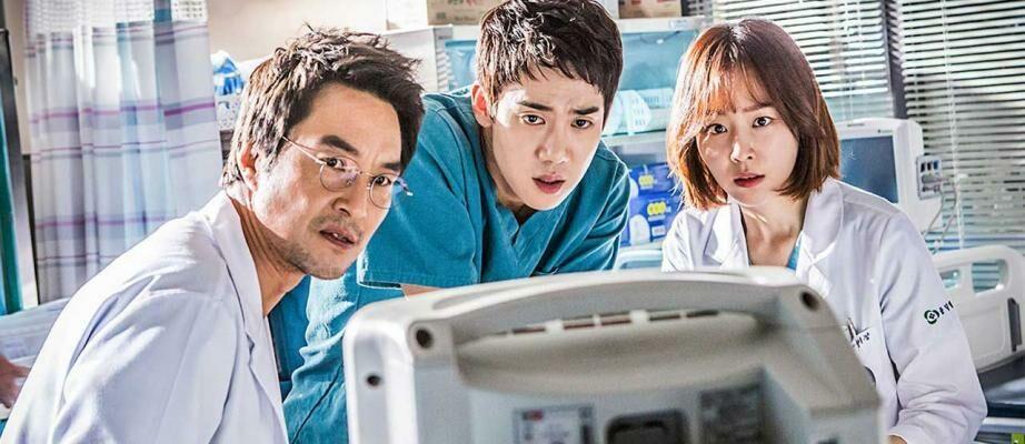 7 Drama Korea Tentang Dokter Terbaik | Banyak Kisah Cinta Bikin Baper!