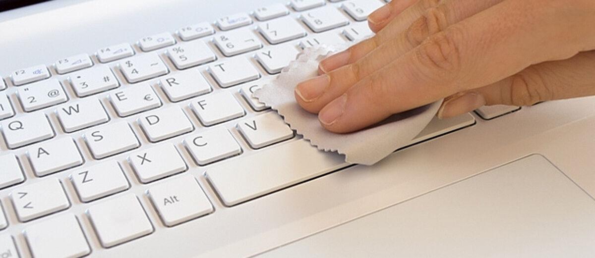 6 Cara Merawat Laptop Agar Awet dan Tidak Cepat Rusak