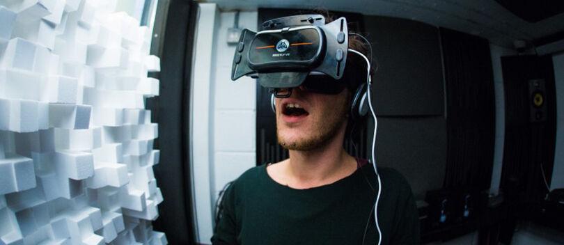 WOW! VR Ini Dibuat Khusus Untuk Bantu Kamu Masturbasi!