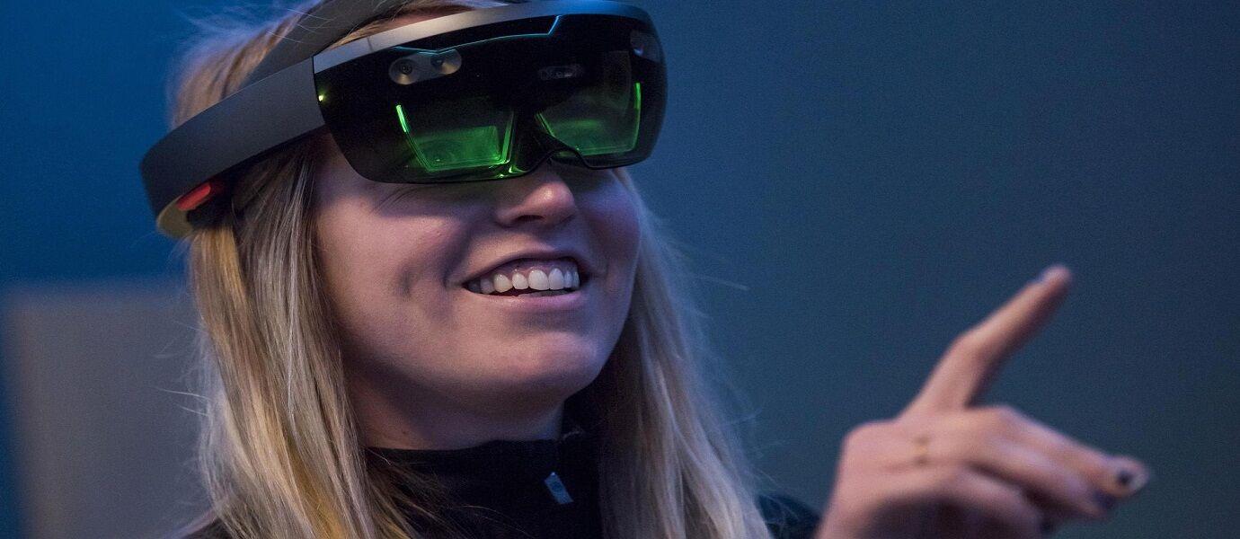 Keren Abis! Gini Jadinya Jika Game Legendaris Snake Dimainkan Dengan Augmented Reality