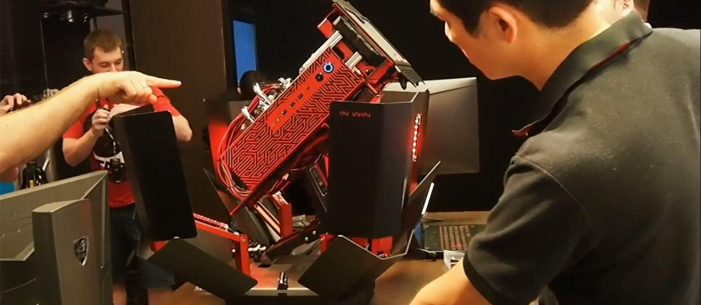 Casing PC Keren Ini Dapat Berubah layaknya Transformers