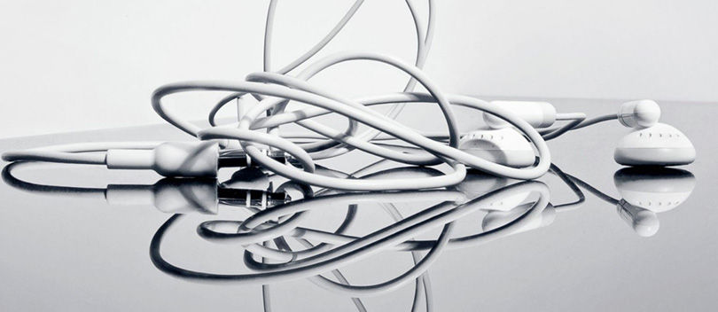 Cara Mudah dan Ampuh Menghindari Kusutnya Kabel Earphone