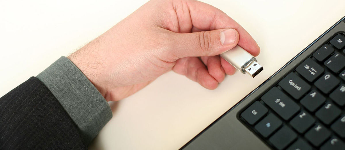 Apakah Berbahaya Mencabut Flashdisk Tanpa Safely Remove Hardware?