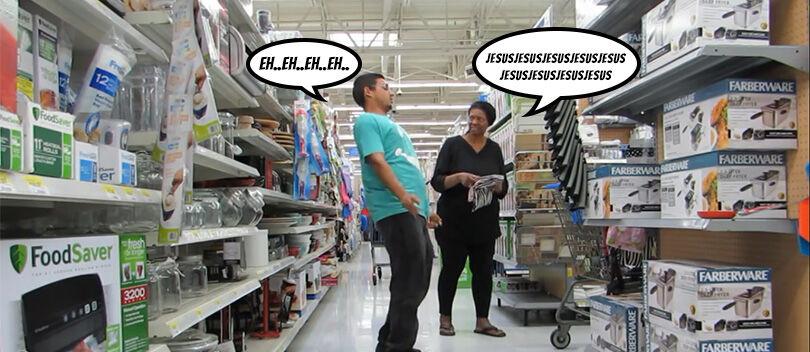 VIDEO: Eh, Apa yang Menyebabkan Orang Ini Kejang-Kejang Di Supermarket Ya?!