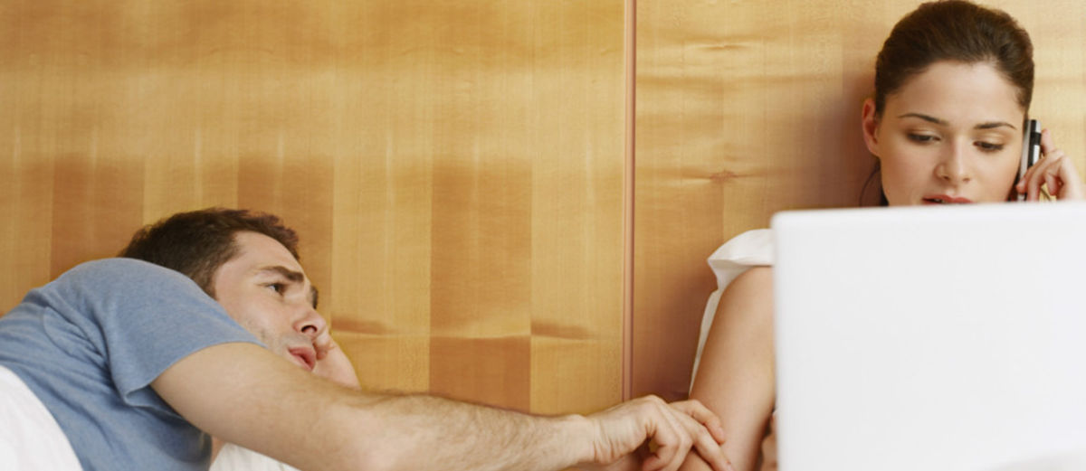 Inilah Jadinya Jika Kamu Lebih Mementingkan Smartphone Daripada Kekasihmu!