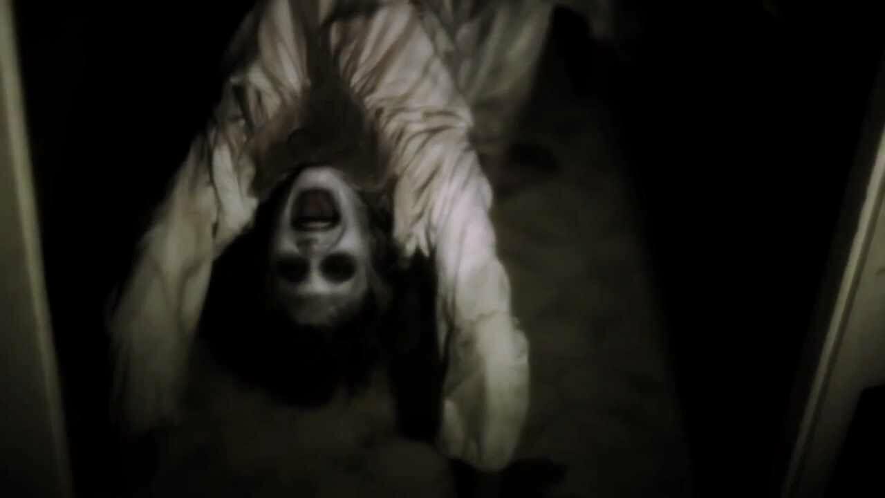 SERAM! Inilah 10 Tanda Mencekam Jika Rumah Kamu Berhantu