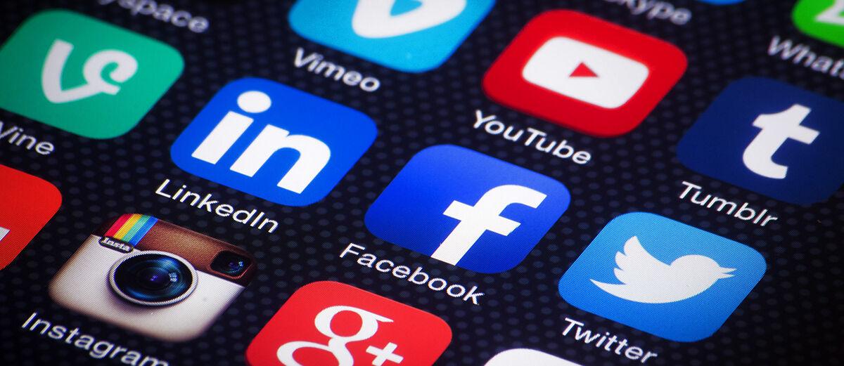 Begini Cara Buka Facebook dan Twitter dalam Satu Aplikasi