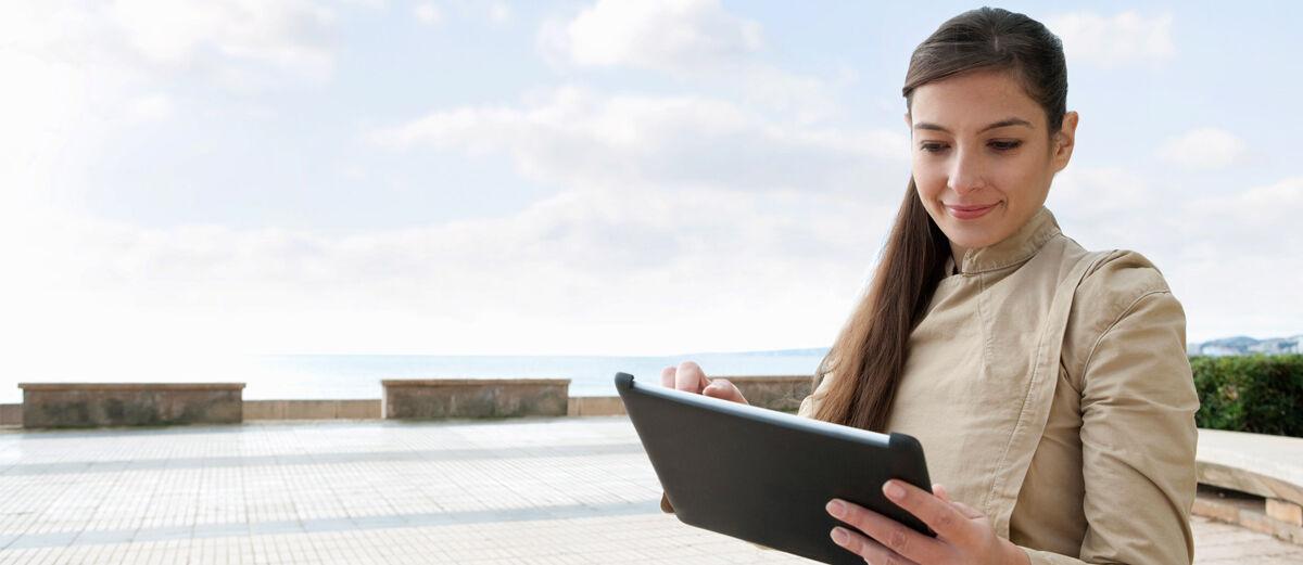 5 Aplikasi Baca Berita Terkini yang Bikin Kamu Nggak 'Kudet'
