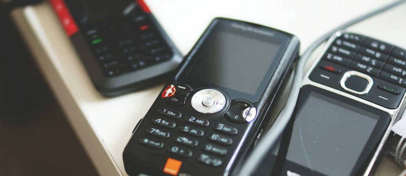9 Kebiasaan Unik Pengguna Handphone Jadul Agan Yang Mana Kaskus
