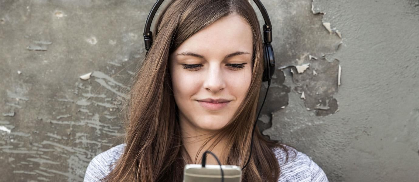 5 Aplikasi Streaming Musik Terbaik Saat Ini JalanTikuscom