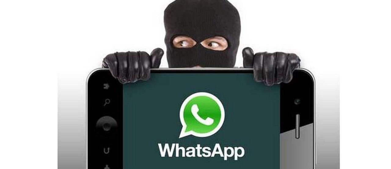 WhatsApp Scamer 44287