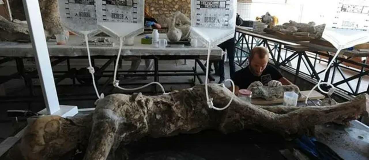 Restorasi Jasad Korban Pompeii 61397
