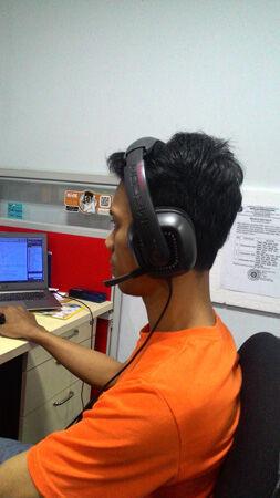 Headphone Vs Headset Vs Earphone 1