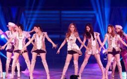 7 Kejadian Memalukan Artis K-Pop Saat Live | Kasian Tapi Bikin Ngakak!