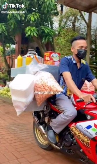 Jualan Bubur Pakai Motor Sport 2d167