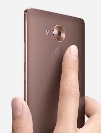 Asus Zenfone Max Vs Huawei Mate 8 4