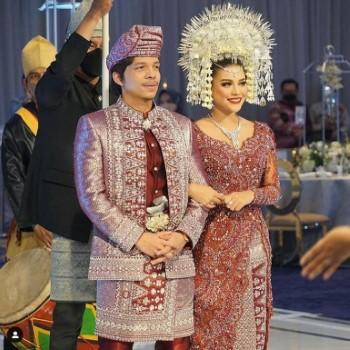 Pernikahan Atta Dan Aurel Live 56a30
