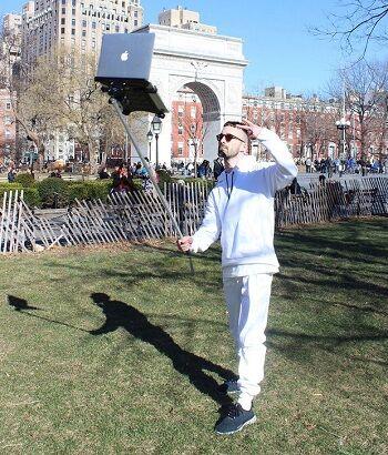 Macbook Selfie Stick 4