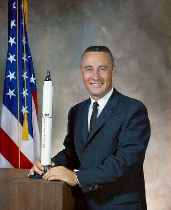 Apollo 4 Custom A3cdd