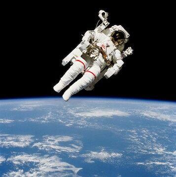 Astronot Meninggal Dunia 1e5df