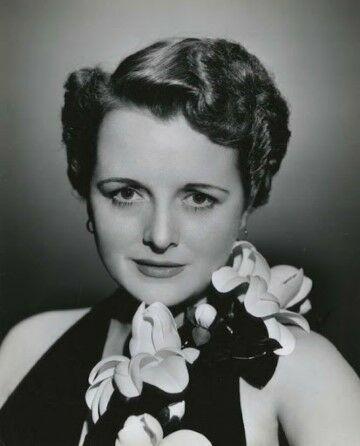 Gertrude Astor 7d335