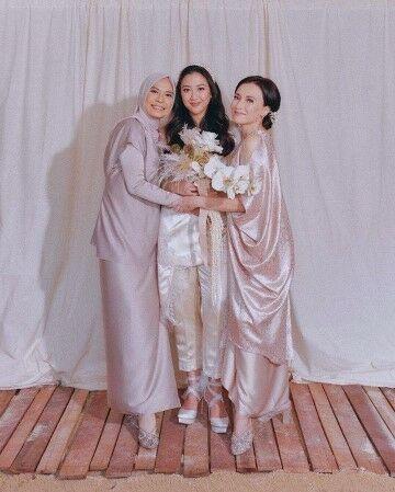 Potret Artis Indonesia Yang Memiliki Kemiripan Dengan Mertua Custom Ac022