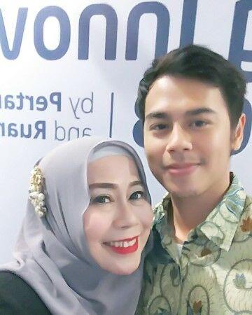 Dewi Yull B9e2d