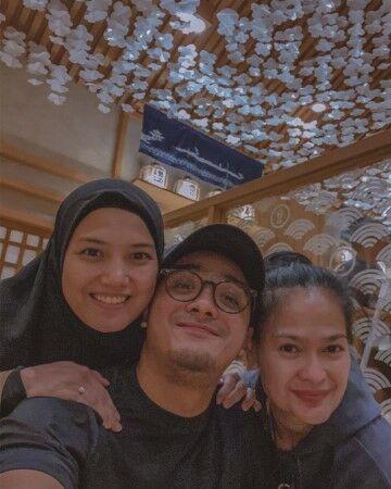 Seleb Indonesia Yang Mirip Dengan Ibu Mertua Custom 3ae7e