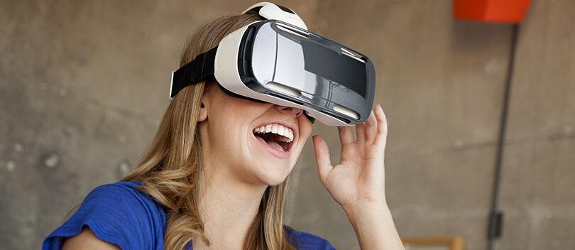 Keren! Kamu Bisa Keliling Dunia dengan Menggunakan VR Murah ini