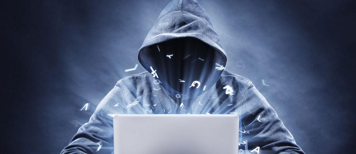 Mahasiswa Ini Dipenjara 10 Tahun Akibat Sebarkan Spyware ke 16 Ribu Komputer!