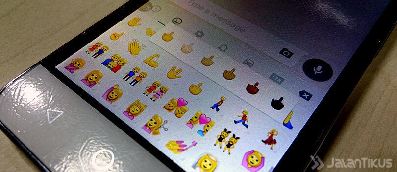 Cara Menggunakan Emoji Jari Tengah dan Emoji Kondom di WhatsApp