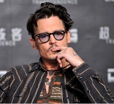 Johnny Depp Aktor Terkenal Yang Hidupnya Boros 55ee0
