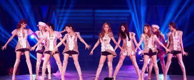7 Kejadian Memalukan Artis K-Pop Saat Live   Kasian Tapi Bikin Ngakak!
