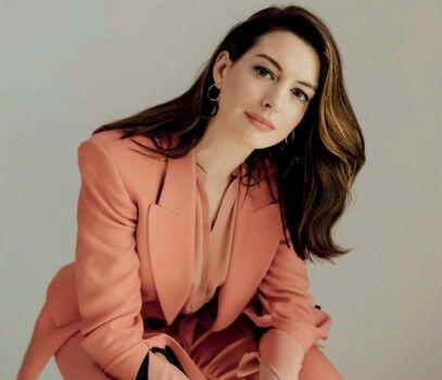 Anne Hathaway 2b1c7