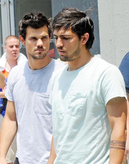 Taylor Lautner Stuntman Aktor Yang Terlihat Mirip 4d18f
