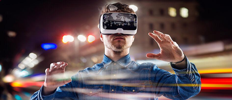 7 Fungsi Virtual Reality (VR) Dalam Kehidupan Nyata Selain untuk Nonton Film