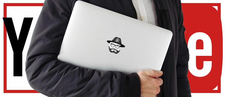 YouTuber Selalu Menutupi Logo Apple di MacBooknya, Kenapa Ya?