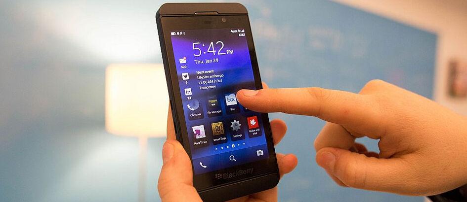Dijamin Gak Jadi Niat Jual BlackBerry Z10 Setelah Lihat 4 Alasan Ini!