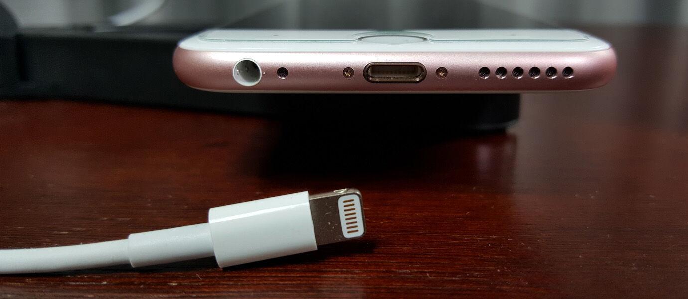 Lebih Awet Baterai! 7 Smartphone Android Canggih Ini Sudah Meminang USB Type C