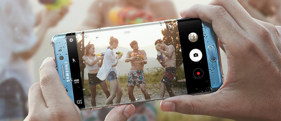 30 Smartphone Android Tahan Air Terbaik dan Terbaru 2017