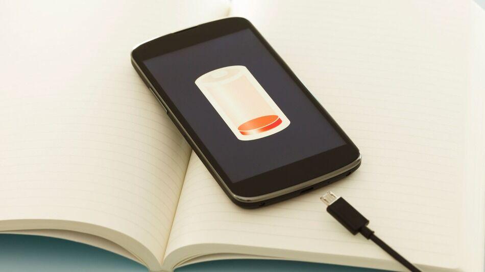 Waduh! 7 Hal Ini 90% Bisa Bikin Baterai Smartphone Meledak