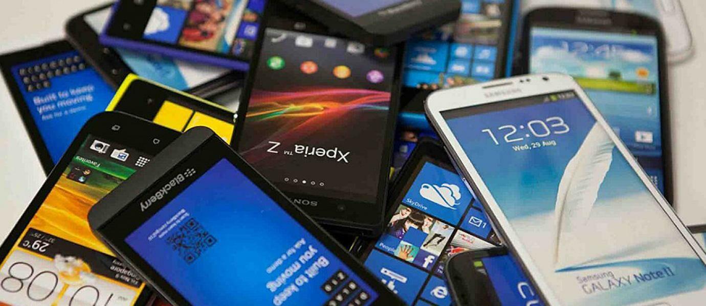 7 Tahap Perkembangan Smartphone di Indonesia dari Masa ke Masa, Punya yang Mana Aja?