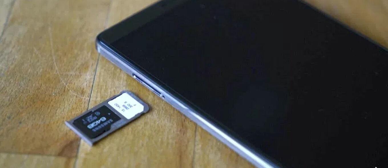 Jangan Pakai Smartphone dengan Slot Hybrid! Ini Alasannya
