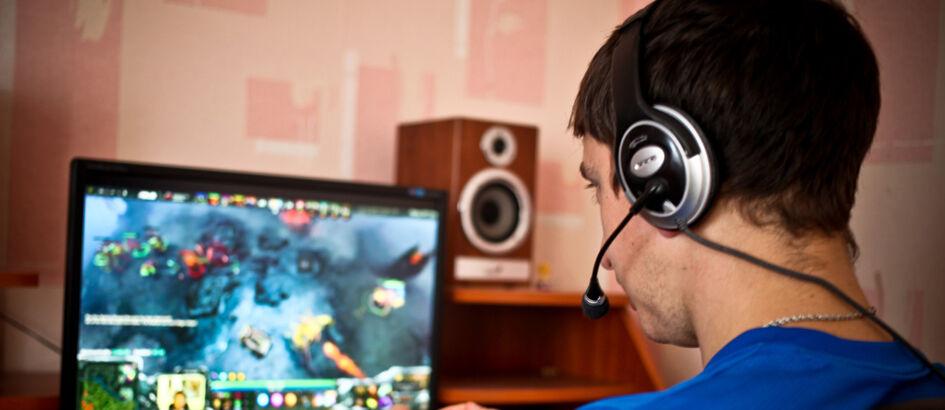 Jangan Salah Kaprah, 10 Anggapan Tentang Gamer Ini Terbukti Salah!