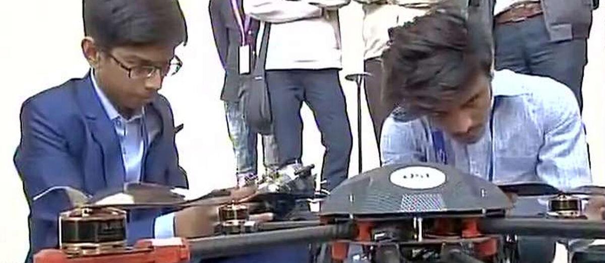 Bocah 14 Tahun Ciptakan Drone dan Dapat Rp 97 Juta dari Pemerintah